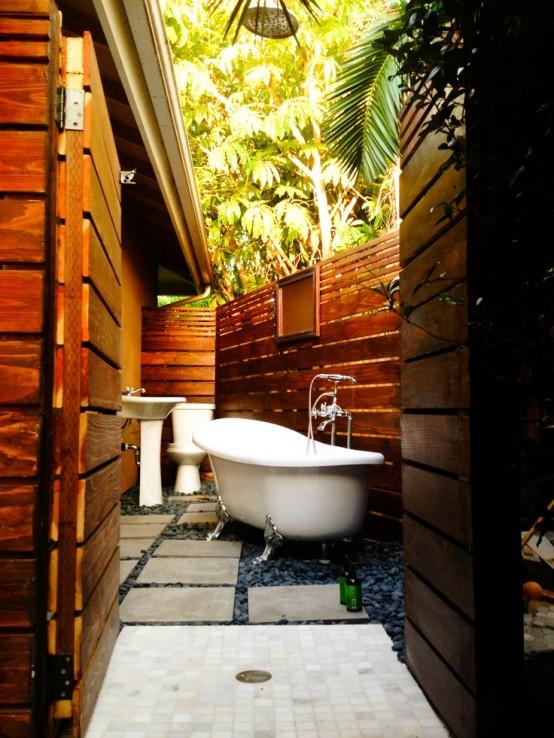 outdoor-bathroom-designs-22